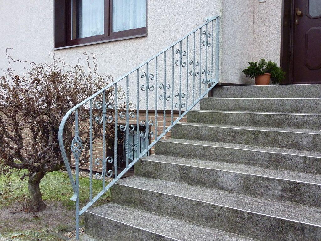 treppen und gel nder aus metall in neuruppin bei brandenburg. Black Bedroom Furniture Sets. Home Design Ideas